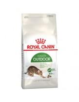 Royal Canin Outdoor 30 - суха гранулирана храна за активни и излизащи и навън котки в зряла възраст от 1 до 7 години - 10 кг.